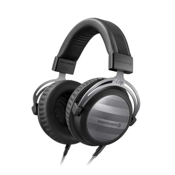 Beyerdynamic T5p Gen. 2 Closed Back Headphones + Impacto Cable with DAC and Amplifier Combo  2